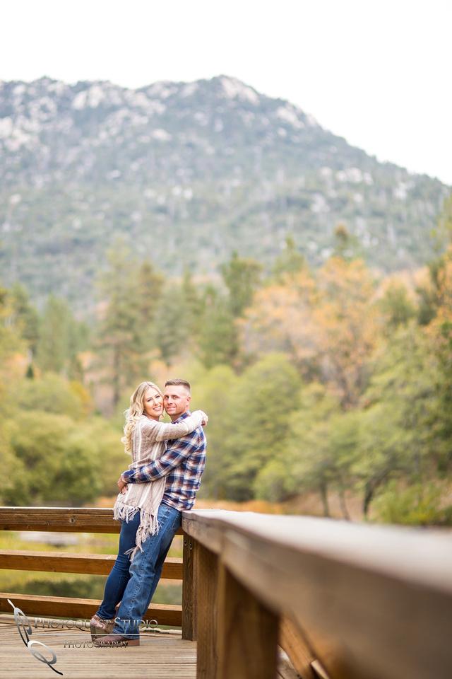 Engagement Photo at Lake Fulmor