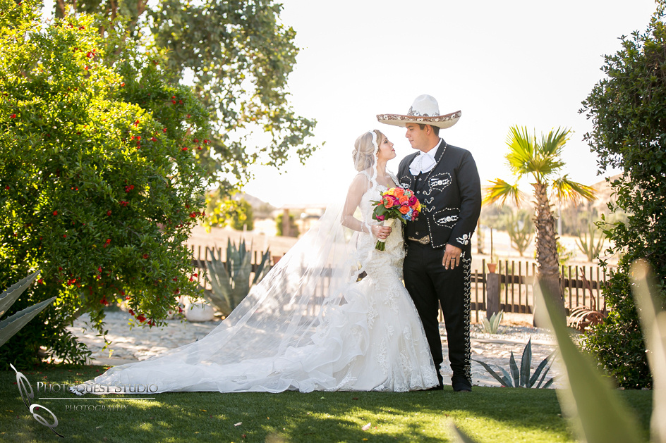 Look at me Babe, Vaquero, Temecula Wedding Photographer at Menifee, Rancho Los Agaves