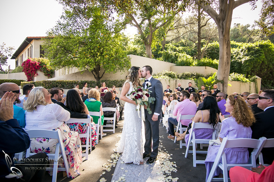 Temecula, Pomona Wedding Photographer, the second kiss