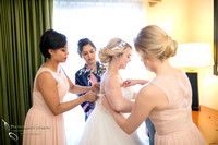 Bride getting ready at Wedgewood San Clemente