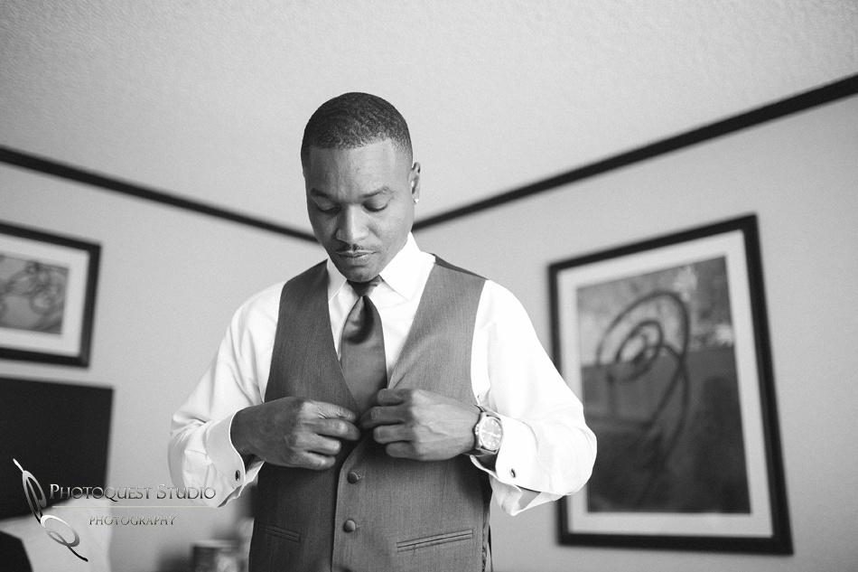 Los Angeles, Temecula  Wedding Photographer at Castaway Burbank, Shauneille & Steve (8)