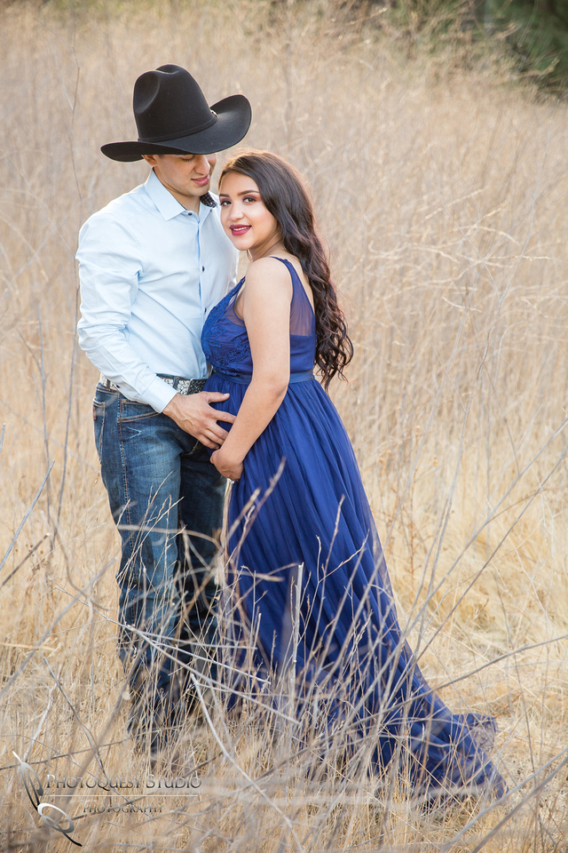Maternity Photo after dark by Temecula Wedding Photographer