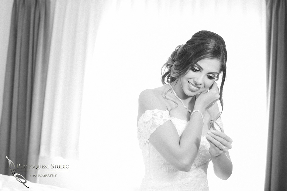 gorgeous bride in b&w