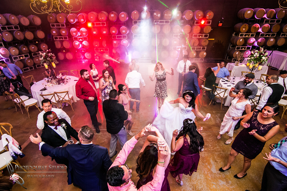 Wedding at Leoness Cellars by Temecula Wedding Photographer