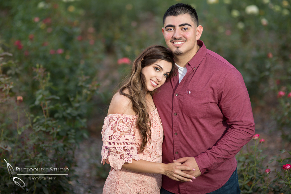 Wedding Photographer in Temecula and Rieverside, Engagement Photo at rose garden