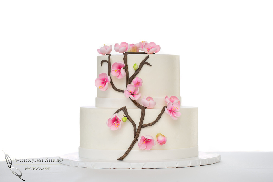 Beautiful wedding cake, Temecula, Fallbrook wedding photographer