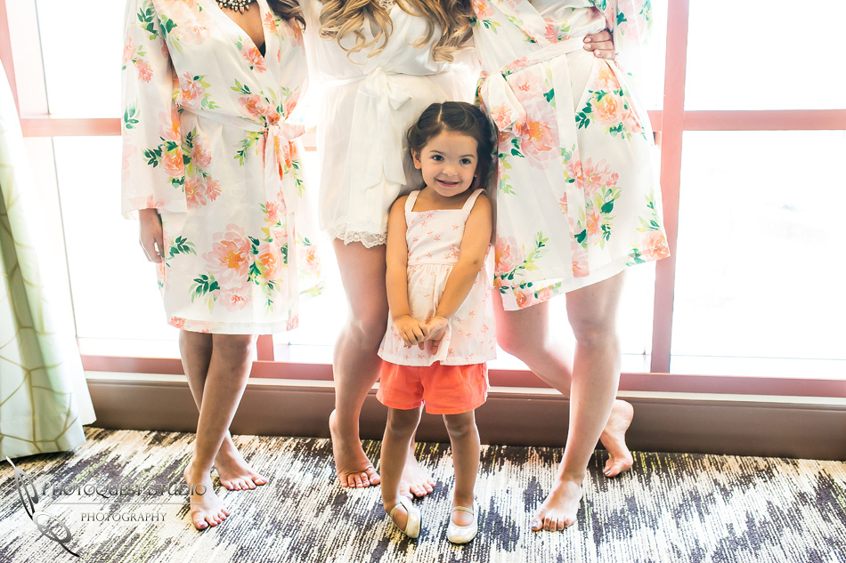 Beautiful flower girl, Wedding Photo at Pechanga Casino by Temecula Wedding Photographer