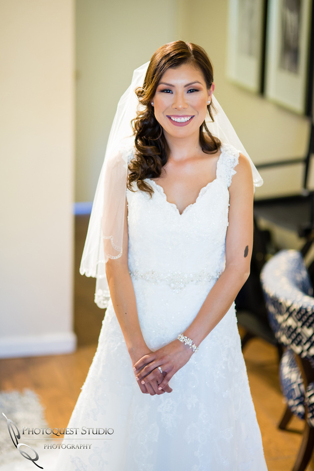 beautiful bride at pala mesa resort