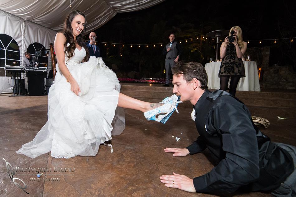 biting the garter