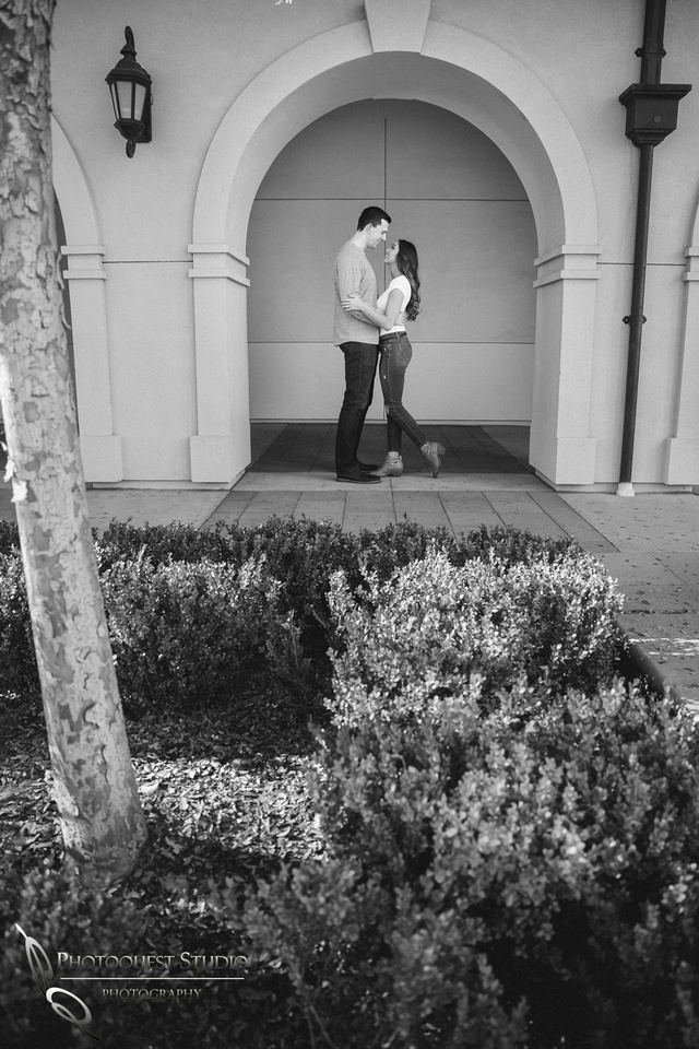 Engagement Photo at Wiens, Temecula Winery Wedding Photographer, Paige and Alex (6)